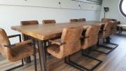 suar vergadertafel