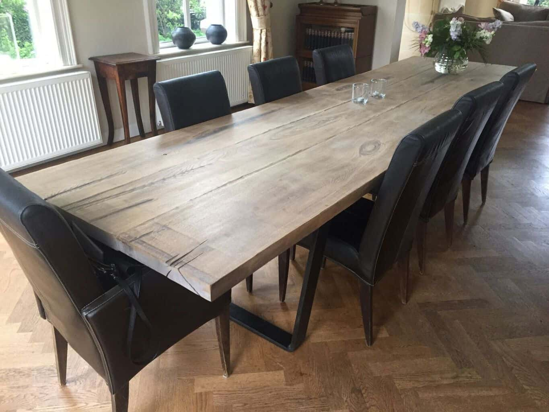 De stoere eiken barnwood tafel train de online houten for Tafel op maat