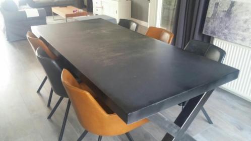 Beton tafel geheel op maat gemaakt woodindustries voor unieke tafels