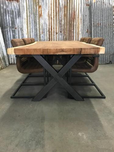 Teakhouten Boomstam Tafel.Suar Boomstamtafel Arnhem Woodindustries Nl