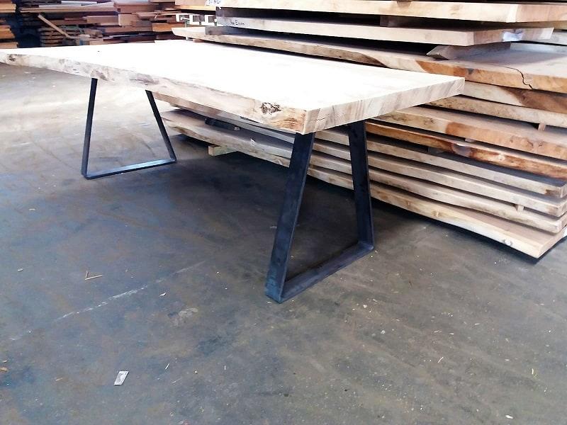 Boomstamtafel Met Stalen Onderstel.Naturel Elmwood Boomstamtafel Met Stalen Onderstel Woodindustries Nl