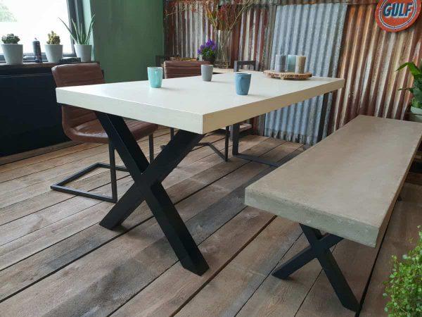 Beton maatwerk tafel