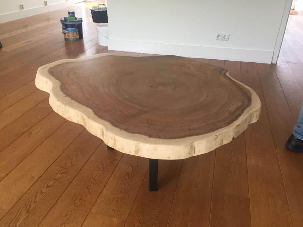 Suar Wood Tafels : Ronde boomstamtafel cm doorsnede woodindustries