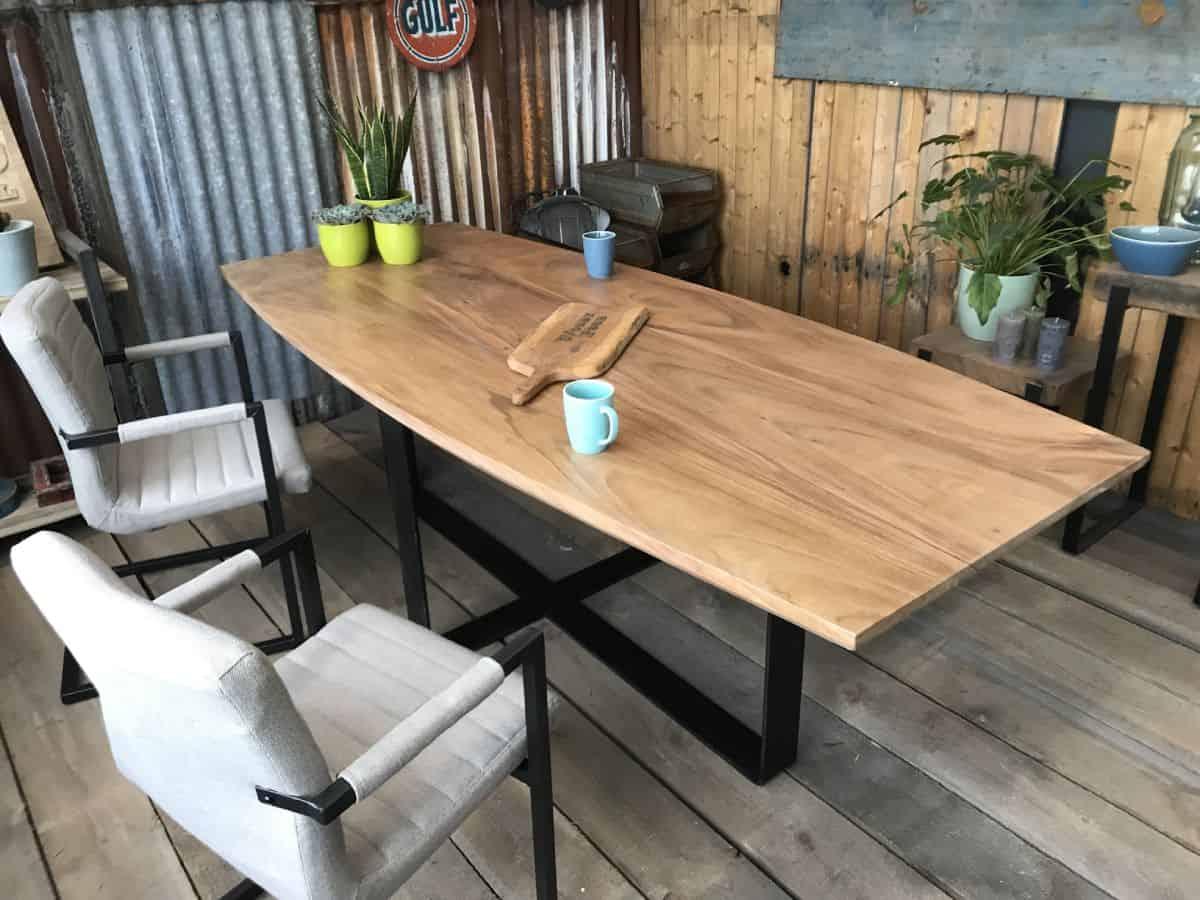 Houten Boomstam Tafel : Suar ovale boomstamtafel de rotterdam op maat gemaakt