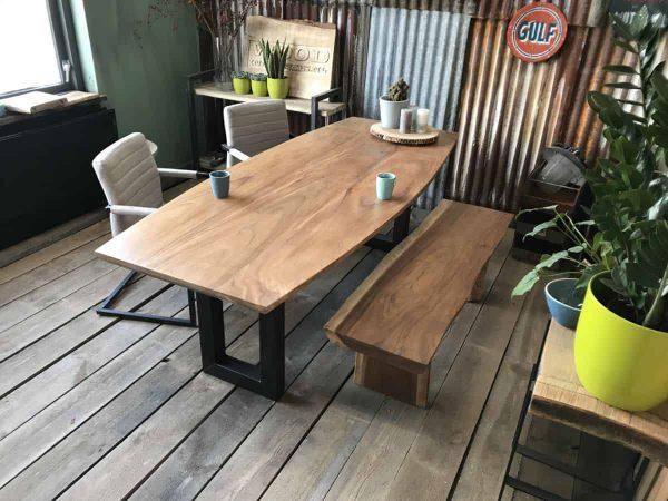 Smalle u-poot ovale tafel