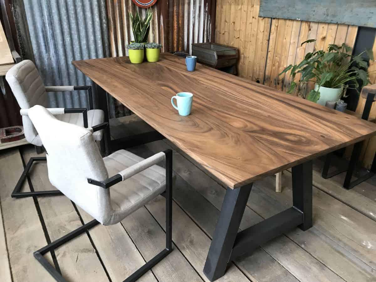 Houten Boomstam Tafel : Teak boomstamtafel de amsterdam met kasteelpoot woodindustries