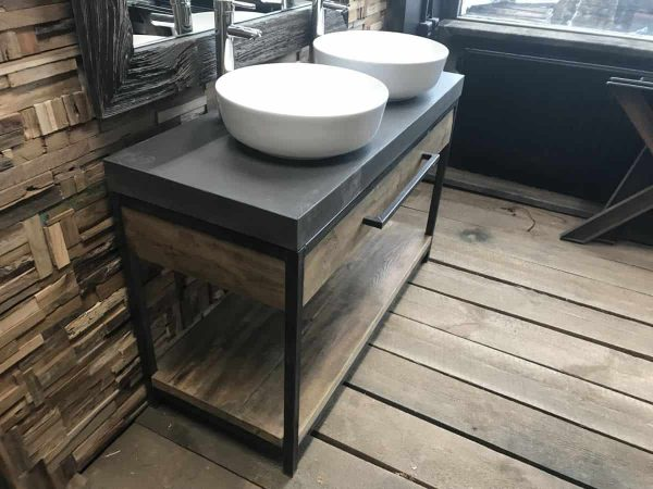 Maatwerk badkamermeubel beton