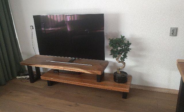 Tv Meubel Plank.Suar Tv Meubel Op Maat Handmade By Woodindustries Nl