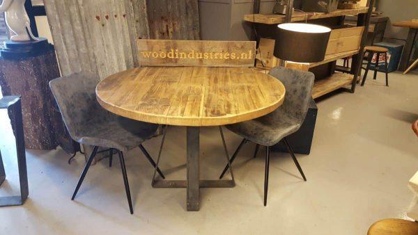 Stoere ronde oud gebinten tafel - Zoetermeer