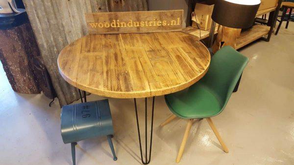 Industriële ronde oud gebinten tafel - Eindhoven