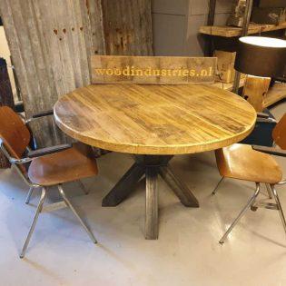 Industriële ronde oud gebinten tafel - Den Bosch