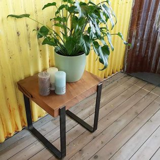Side table plant