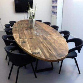 Robuuste vergadertafel ovaal 3.5 meter (10-12 personen)