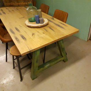 Eiken wagonhouten tafel - Amersfoort