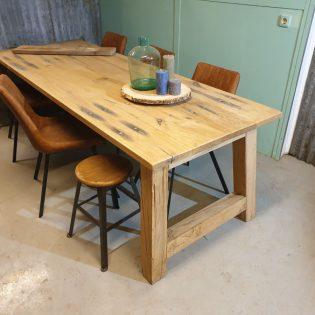 Eiken wagonhouten eettafel - Almere