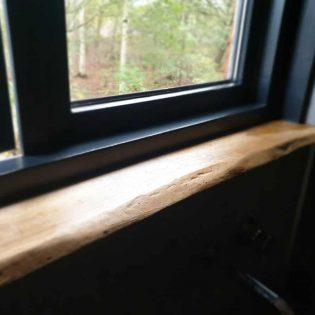 Robuuste eiken vensterbank 15 cm diep