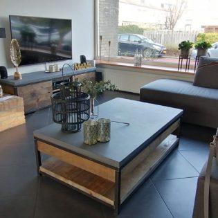 Industrieel betonnen salontafel