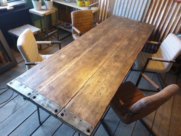 Visgraat tafel - Amsterdam