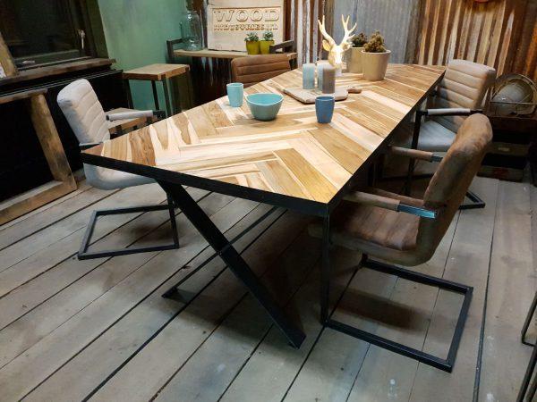 Visgraat tafel - Groningen