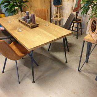 eiken tafel robuust - Zwolle