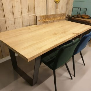 Eikenhouten tafel stoer - Meppel
