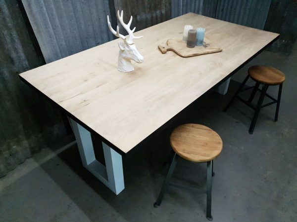 Eikenhouten tafel robuust Amsterdam