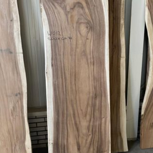 Suar houten boomstam 200x70x7